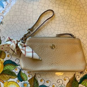 COACH wristlet clutch in pebbled leather with bow